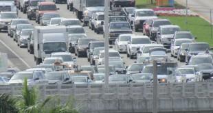 Congestion Near Sunny Isles (Miami)